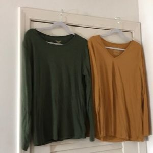 Green and gold long sleeve tees.